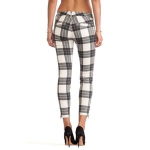 Mother Crop Zip Muse in Once Upon a Tartan Size 24